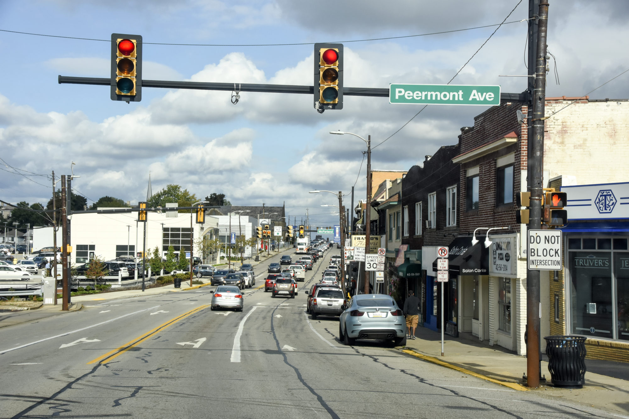 Street view of the town of Dormont at Peermont Ave