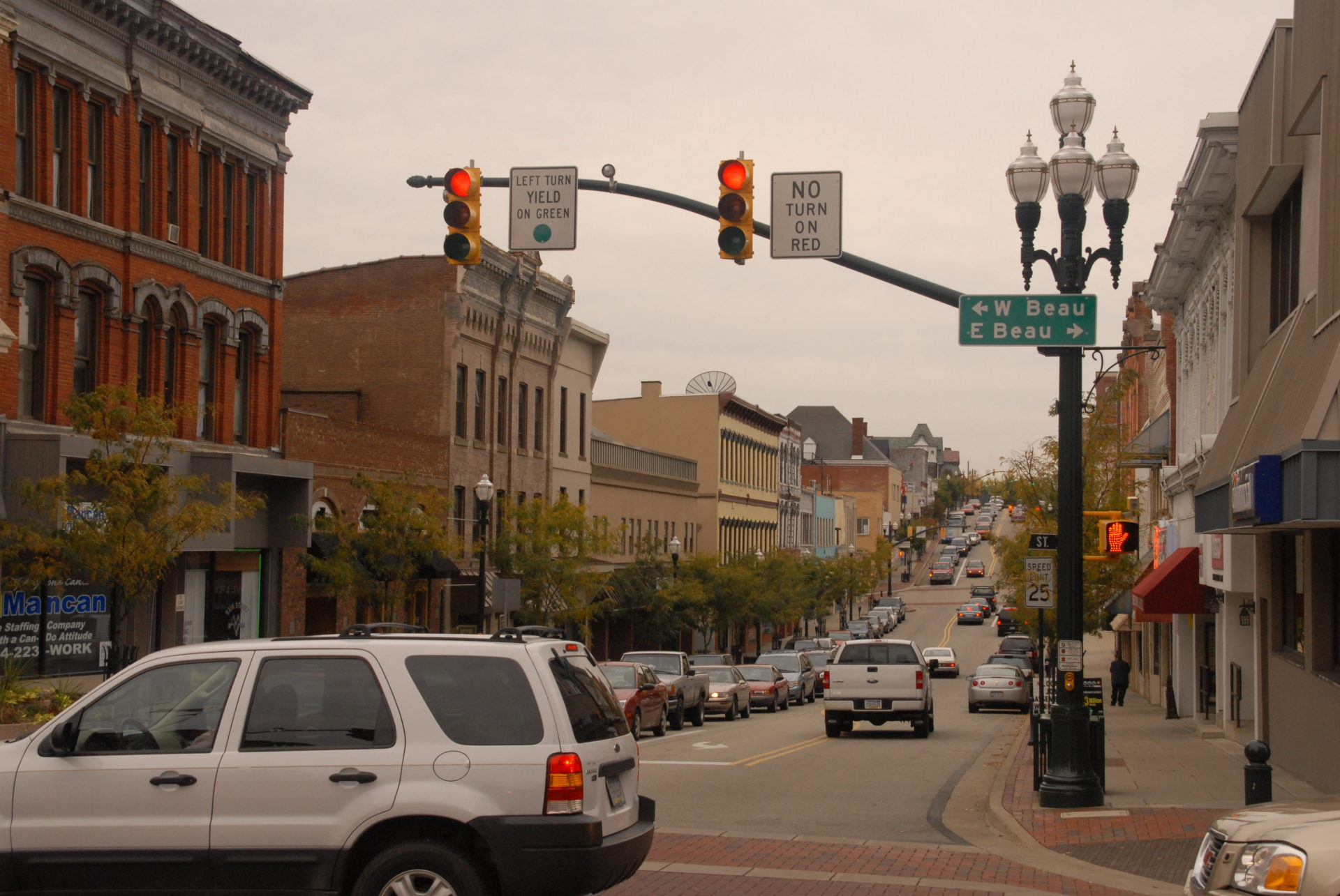 Downtown Washington PA from the intersection of East and West Beau Street